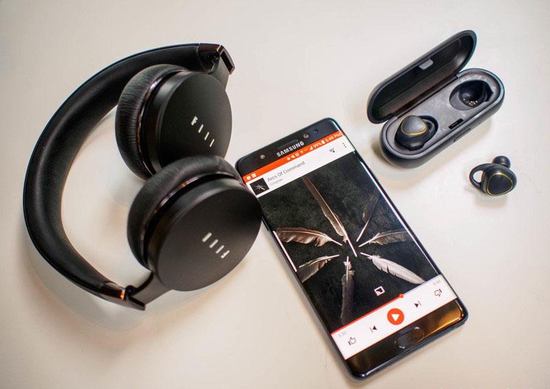 bluetooth-headphones